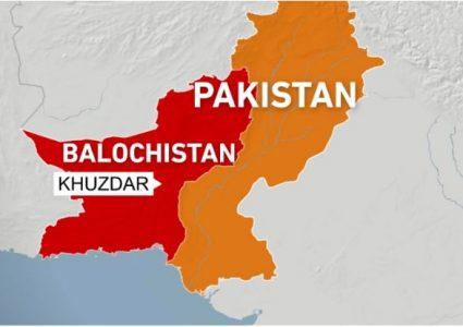 पाकिस्तानमा तिर्थयात्रीहरु बोकेको बस दुर्घटना, १८ जनाको मृत्यु